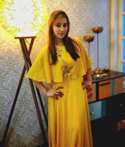 Shilpa-Shinde-Yellow-Dress
