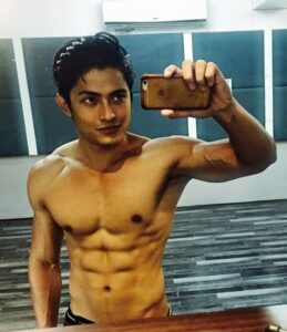 Vivek-Bora-Body-Physique