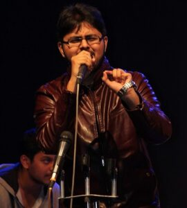 Abhishek-Saraph-Performing