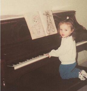 Kat-Hammock-Piano