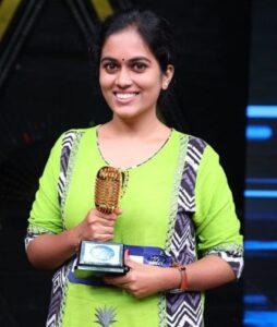 Sayli-Kamble-Indian-Idol